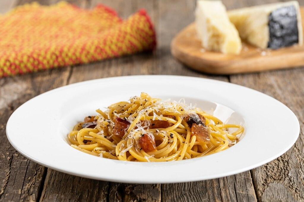 Spaghetti Alla Carbonara Spaghetti Alla Carbonara new foto