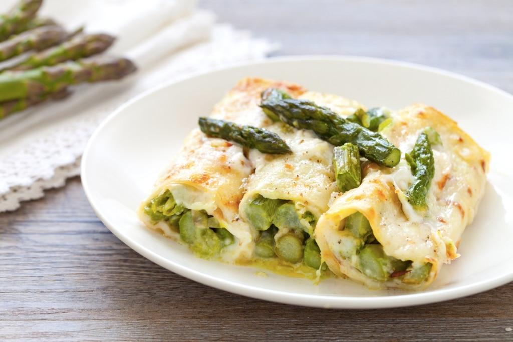 Ricetta crepes agli asparagi cucchiaio d 39 argento for Cucinare asparagi