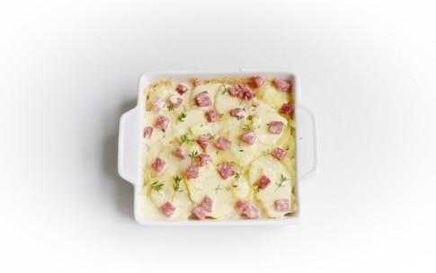 Preparazione Sformato di patate, pecorino e salame - Fase 3
