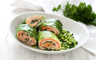 Salmone con ragù di zucchine