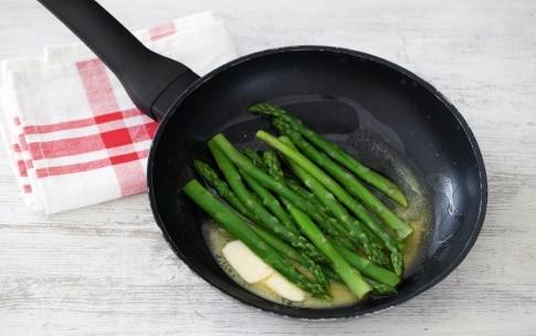 Preparazione Crostata di riso e asparagi - Fase 3