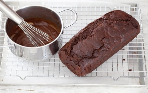 Preparazione Torta glassata al gianduia - Fase 5