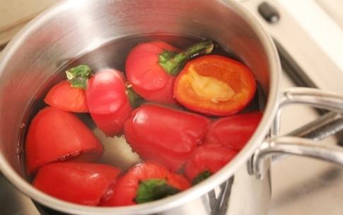 Preparazione Peperoncini piccanti al forno con erbe e capperi - Fase 1