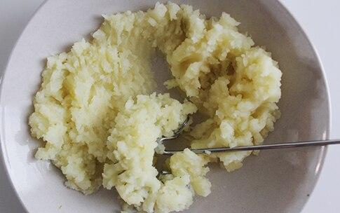 Preparazione Tortini di topinambur e patate al gorgonzola - Fase 1
