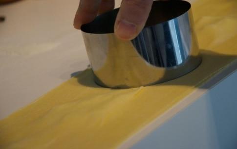 Preparazione Ravioli pere e taleggio - Fase 2