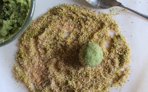 Preparazione Polpette di broccoli con salsa alla senape - Fase 2