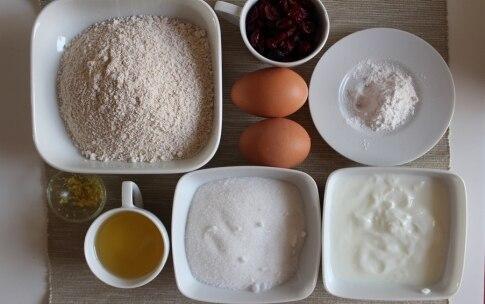 Preparazione Torta allo yogurt e mirtilli - Fase 1