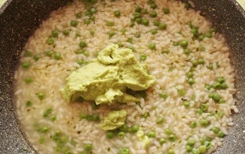 Preparazione Risotto con fave e piselli al rosmarino - Fase 2