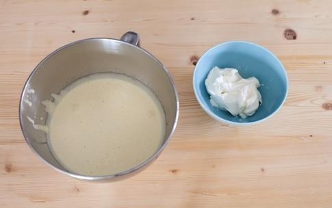 Preparazione Ciambella al mascarpone e cioccolato - Fase 1