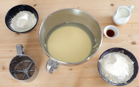 Preparazione Ciambella al mascarpone e cioccolato - Fase 2