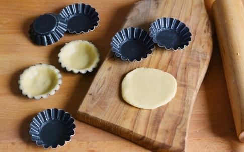 Preparazione Tartellette alle fragole - Fase 1