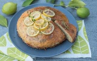 Torta al limone e miele con semi di papavero