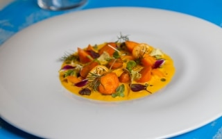 Crema di carote, zenzero, kumquat e shiso