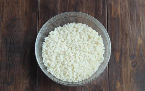 Preparazione Insalata di riso nel melone - Fase 1