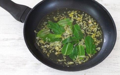 Preparazione Tagliatelle al limone, menta e peperoncino - Fase 1
