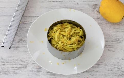 Preparazione Tagliatelle al limone, menta e peperoncino - Fase 3