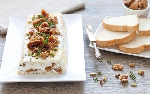 Preparazione Terrina di gorgonzola e fichi secchi - Fase 4