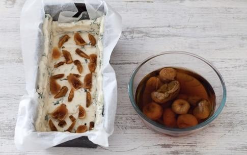 Preparazione Terrina di gorgonzola e fichi secchi - Fase 2
