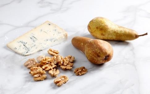 Preparazione Fagottini di pasta fillo pere e gorgonzola - Fase 1