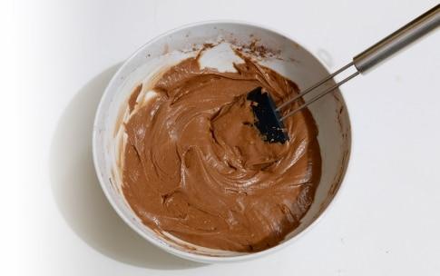 Preparazione Torta pere e cacao facilissima - Fase 926652670
