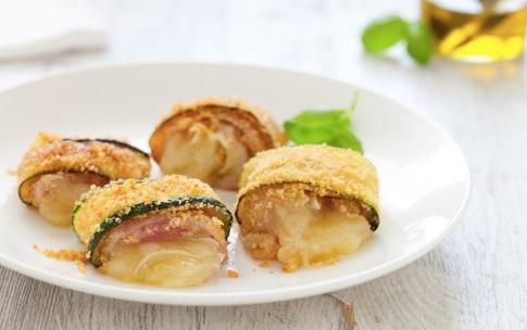 Preparazione Involtini di zucchine con pancetta e fontina - Fase 4