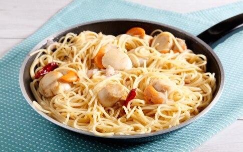 Preparazione Spaghetti di farro con pancetta e capesante - Fase 2