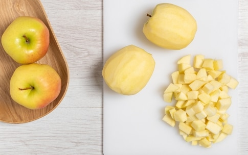 Preparazione Torta di mele senza burro - Fase 1