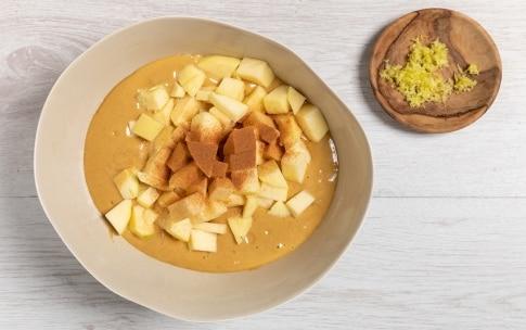 Preparazione Torta di mele senza burro - Fase 2