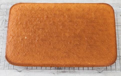 Preparazione Torta Kinder Paradiso - Fase 1717982597