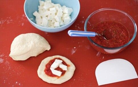 Preparazione Muffin di pizza - Fase 1612505405