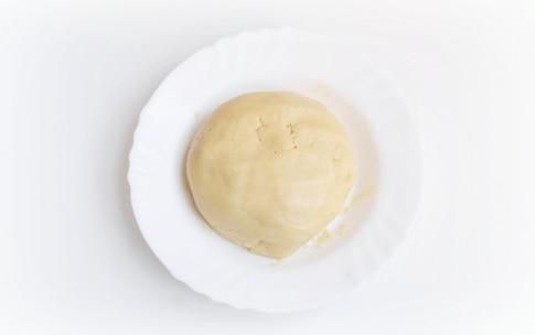 Preparazione Crostata di fragole fresche - Fase 1