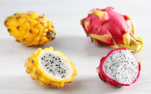 Preparazione Pavlova panna fragole e pitaya - Fase 1224824413