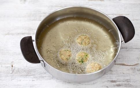 Preparazione Polpette di pane e zucchine - Fase 1351892498