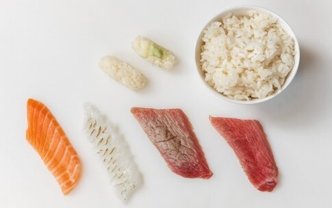 Preparazione Sushi misto di nigiri e hosomaki - Fase 1