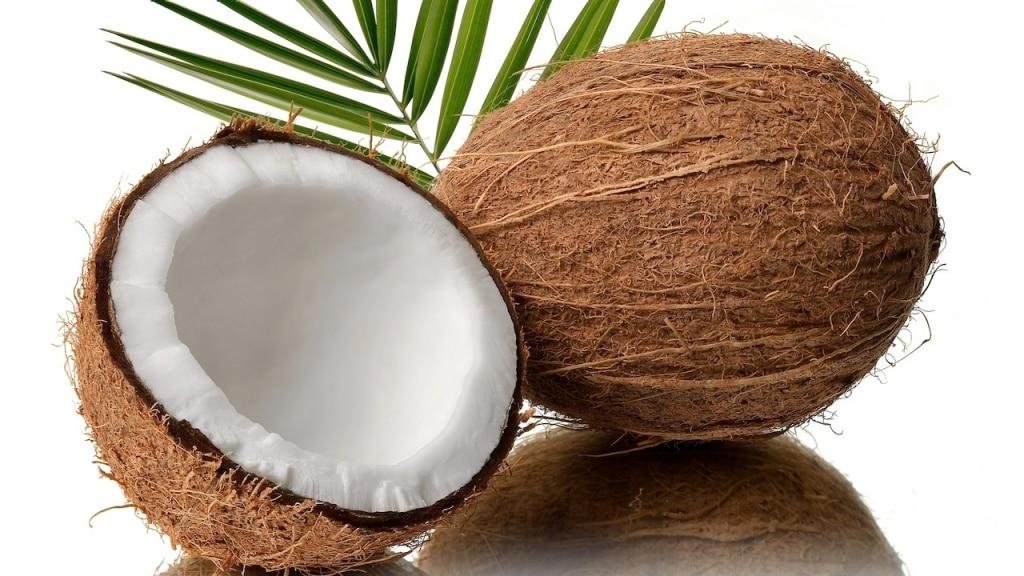 Ananas e cocco contro la cellulite