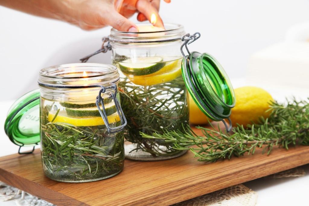 Un rimedio naturale contro le zanzare che decora la tavola - Rimedi contro le zanzare in giardino ...