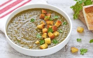 10 ricette di zuppe e vellutate per...