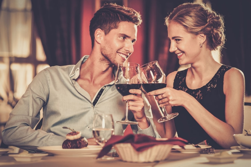 Dindr l'app per appuntamenti galanti al ristorante