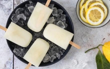 Ghiaccioli fatti in casa: 15 ricette anti caldo da preparare subito