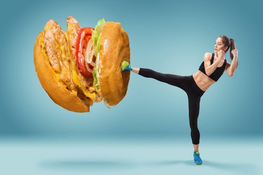 15 consigli per combattere la cellulite: cibo, sport e buone abitudini