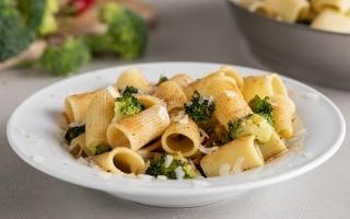 Mezzemaniche con Broccoli, Bottarga di Tonno...