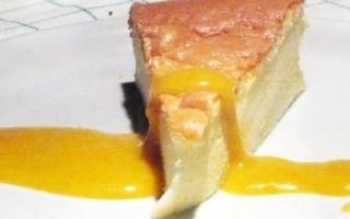 Cheesecake Giapponese con Salsa di Mango