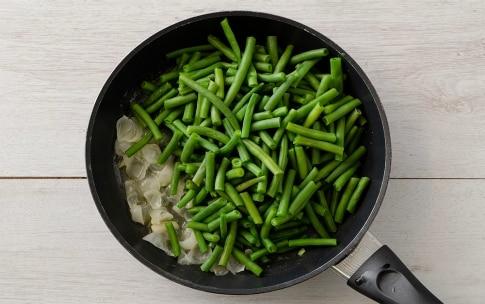 Preparazione Fagiolini con uova cremose - Fase 1