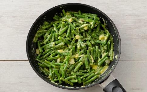 Preparazione Fagiolini con uova cremose - Fase 3