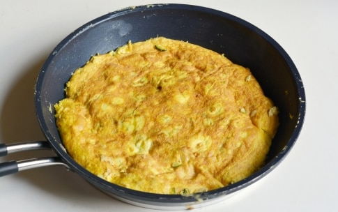 Preparazione Frittata di zucchine - Fase 3