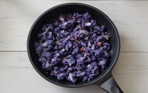 Preparazione Penne con cavolfiore viola - Fase 2