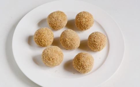 Preparazione Polpette di melanzane - Fase 3