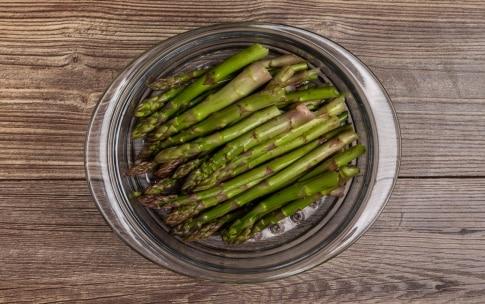 Preparazione Risotto agli asparagi - Fase 1