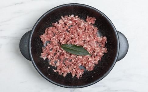 Preparazione Risotto con salsiccia - Fase 1