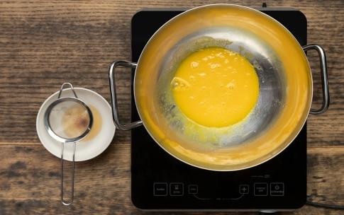 Preparazione Spaghetti alla carbonara - Fase 2
